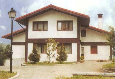Residencia Ribera Alta (Caicedo-Sopeña)