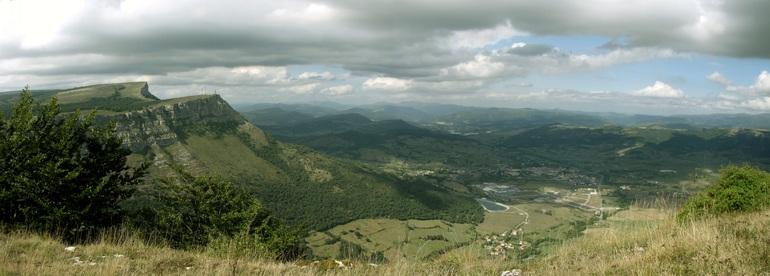 """El Gobierno Vasco presenta los proyectos para la declaración como Red Natura 2000 de """"Robledales-Isla"""" de Llanada Alavesa, Arkamu-Gibillo-Arrastaria y Sierra Salvada"""
